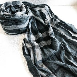 Burberry   Crinkle Check Scarf   Unisex   Grey/Blk